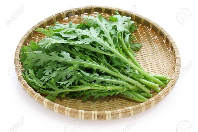Name:  11164140-chrysanthemum-greens-garland-chrysanthemum-shungiku-Stock-Photo.jpg Views: 849 Size:  46.4 KB