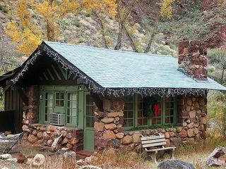 Name:  litle tone house.jpg Views: 2937 Size:  27.9 KB