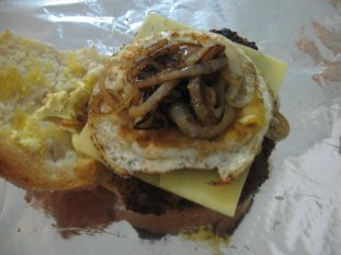 Name:  Hamburger 020.jpg Views: 2011 Size:  15.7 KB