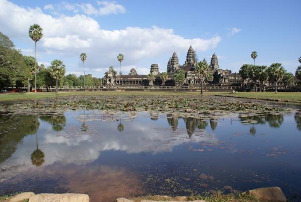 Name:  DSC01291 ngkor wat.jpg