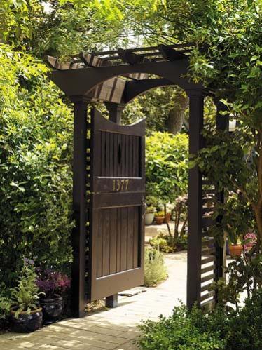 Bah e kap lar for Small garden gate designs
