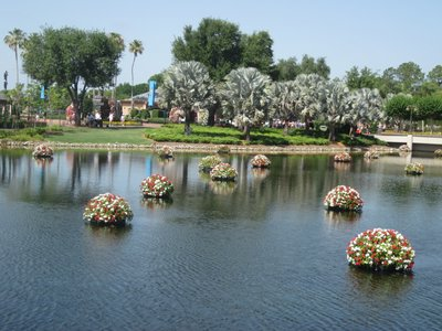Name:  flower-garden-topiary-picture-091.JPG Views: 750 Size:  33.8 KB