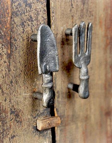 Name:  Garden-door-pulls-HTOURS0105-de.jpg Views: 1777 Size:  69.2 KB