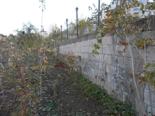 Name:  dış ve iç bahçeyi ayıran duvar.jpg Views: 6757 Size:  51.3 KB