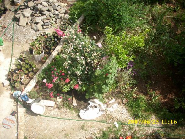 Name:  bahçe çalışmaları yol.jpg Views: 1148 Size:  72.0 KB