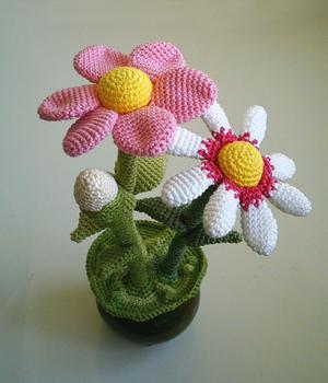 Name:  Flower Pot Amigurumi2.JPG Views: 2870 Size:  15.2 KB