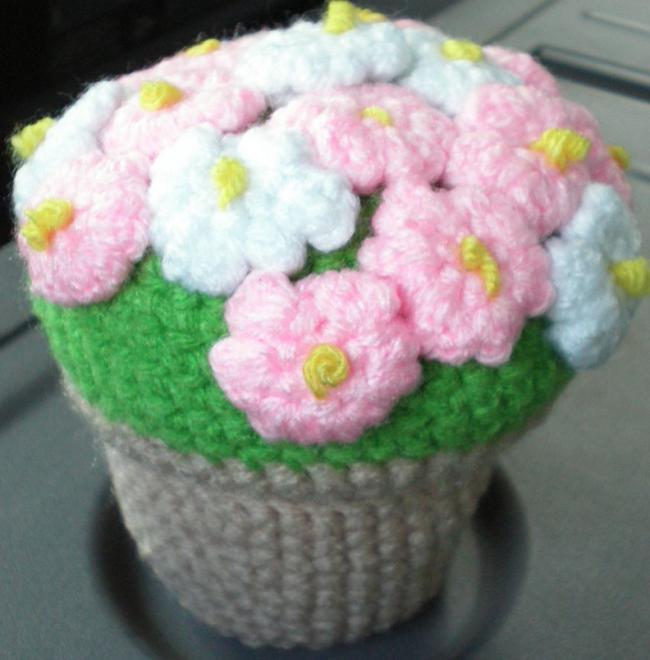 Name:  Flower Pot Amigurumi3.jpg Views: 2581 Size:  45.0 KB